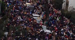 """احتجاجات """"شهيد زينب"""" تتصاعد.. سلطات طنجة تحاصر مسيرة للتلاميذ باتجاه نيابة التعليم"""