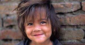 إسبانيا تضم ثاني أكبر عدد من الأطفال الفقراء في الاتحاد الأوروبي