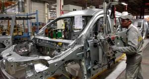 """الحكومة توافق على إحداث مركز للتكوين في مهن السيارات بـ""""طنجة المتوسط"""""""