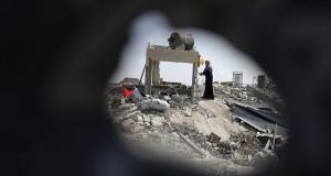 الصيف واحد في إسرائيل وغزة.. لكن تأملوا الفوارق في هذه الصور