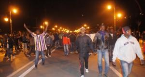 تجدد المواجهات بين المهاجرين الأفارقة وشبان مغاربة والأمن يتدخل بقوة