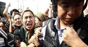 """الصين تقتل خلال العيد أزيد من مائة من طائفة """"الإيغور"""" المسلمة"""
