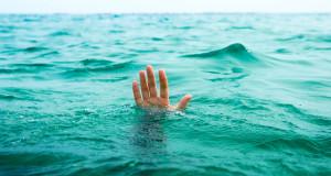 شاطئ مرتيل يلفظ جثل رجل ستيني غرق نهاية الأسبوع