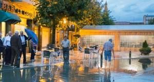 مدن الأندلس تغرق بفعل تساقطات الأحد الغزيرة