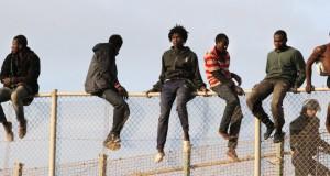 تسلل 10 مهاجرين إلى مليلية في وضح النهار