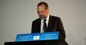 رئيس المركز السينمائي يلوح بسحب مهرجان الفيلم من طنجة