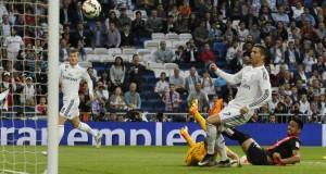 ثلاثية ريال مدريد على ألميريا