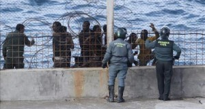 عناصر أمنية مغربية تجهض عملية اقتحام لسبتة المحتلة بحرا