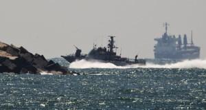 """إسرائيل تقرصن سفينة من أسطول """"الحرية"""" الرامي لكسر الحصار عن غزة"""