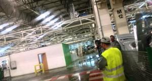 شلال داخل أكبر معمل للسيارات بالمغرب! + فيديو