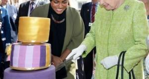 شابة مسلمة تعد كعكة لملكة بريطانيا في عيد ميلادها التسعين