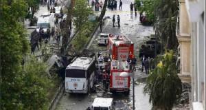 عشرات القتلى والجرحى في تفجير سيارة بإسطنبول
