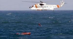 مروحية من فرق الإنقاذ البحرية الإسبانية تنقذ سبعة مهاجرين سريين من الغرق