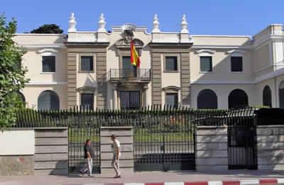حقيبة مشبوهة قرب القنصلية الإسبانية في طنجة استنفرت مصالح الأمن