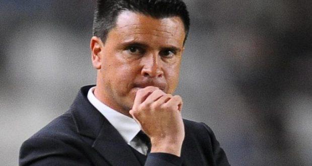 """متابعة: أمن طنجة يفرج عن مدرب المغرب التطواني """"لوبيرا"""" دون أن يُسقط المتابعة ضده"""