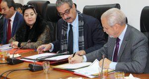 """أكاديمية جهة طنجة تطوان الحسيمة توقع اتفاقية مع مؤسسة """"تمكين"""" لدعم """"القدرة التكنولوجية"""" لتلاميذ الجهة"""