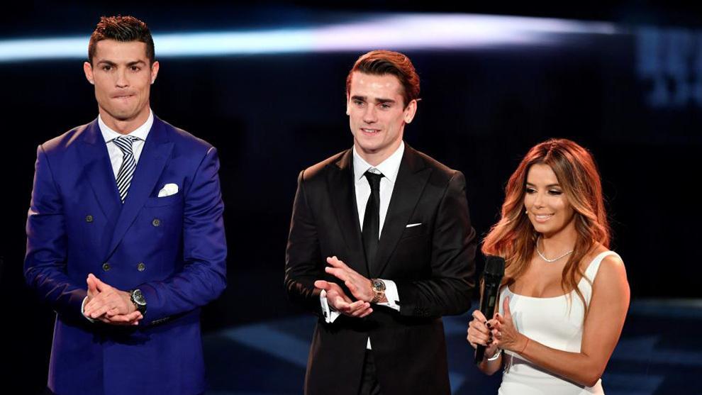 رونالدو أفضل لاعب في العالم.. وفريق البارصا يعاني من نقص في هرمونات الروح الرياضية