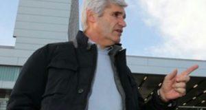 إدارة برشلونة تُقيل مسؤولا بالنادي لِمَسِّه قليلا بِكبرياء ليونيل ميسي