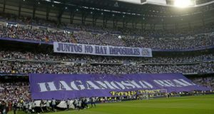 زيدان، مدرب ريال مدريد، يطالب بدعم جماهيره مساء اليوم أمام نابولي