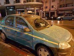 """ما حقيقة تساقط """"الأمطار الطينية"""" بمدينة طنجة؟"""
