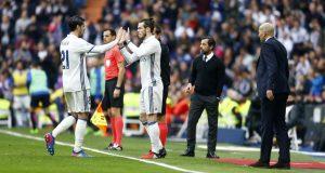 ريال مدريد يتشبث بالريادة ويستعيد جناحه الويلزي غاريث بيل الذي عاد بقوة مسجلا الهدف الثاني لفريقه
