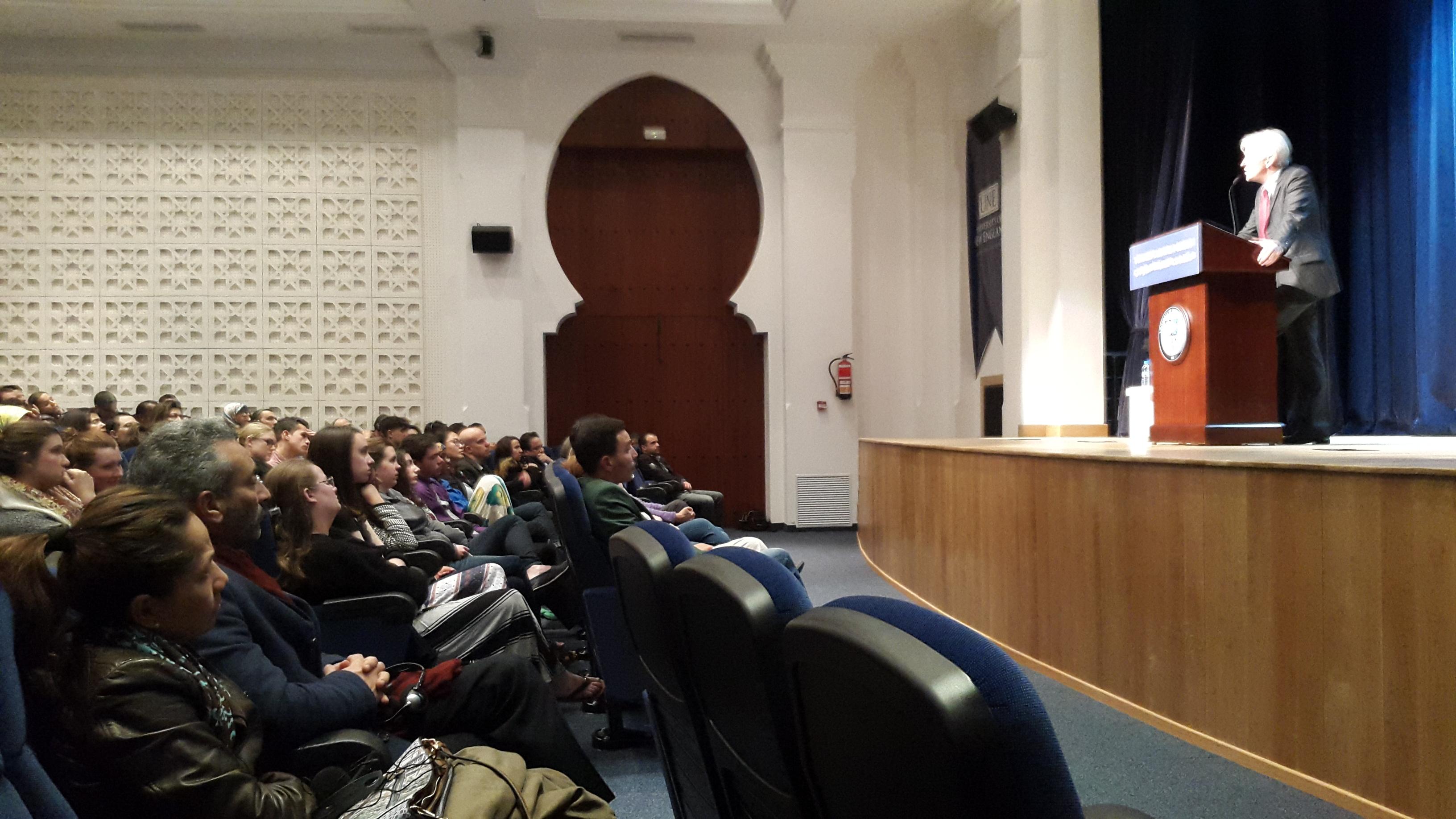 أوجين روغان في محاضرة بطنجة: العرب يفخرون بماضيهم وتاريخهم لكن يلزمهم الكثير من الجهد من أجل المستقبل