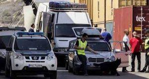 ميناء الجزيرة الخضراء: حجز 54 كلغ من الحشيش على متن ثلاث سيارات قادمة من طنجة