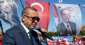 استفتاء تركيا: فاز أردوغان واستمر الجدل