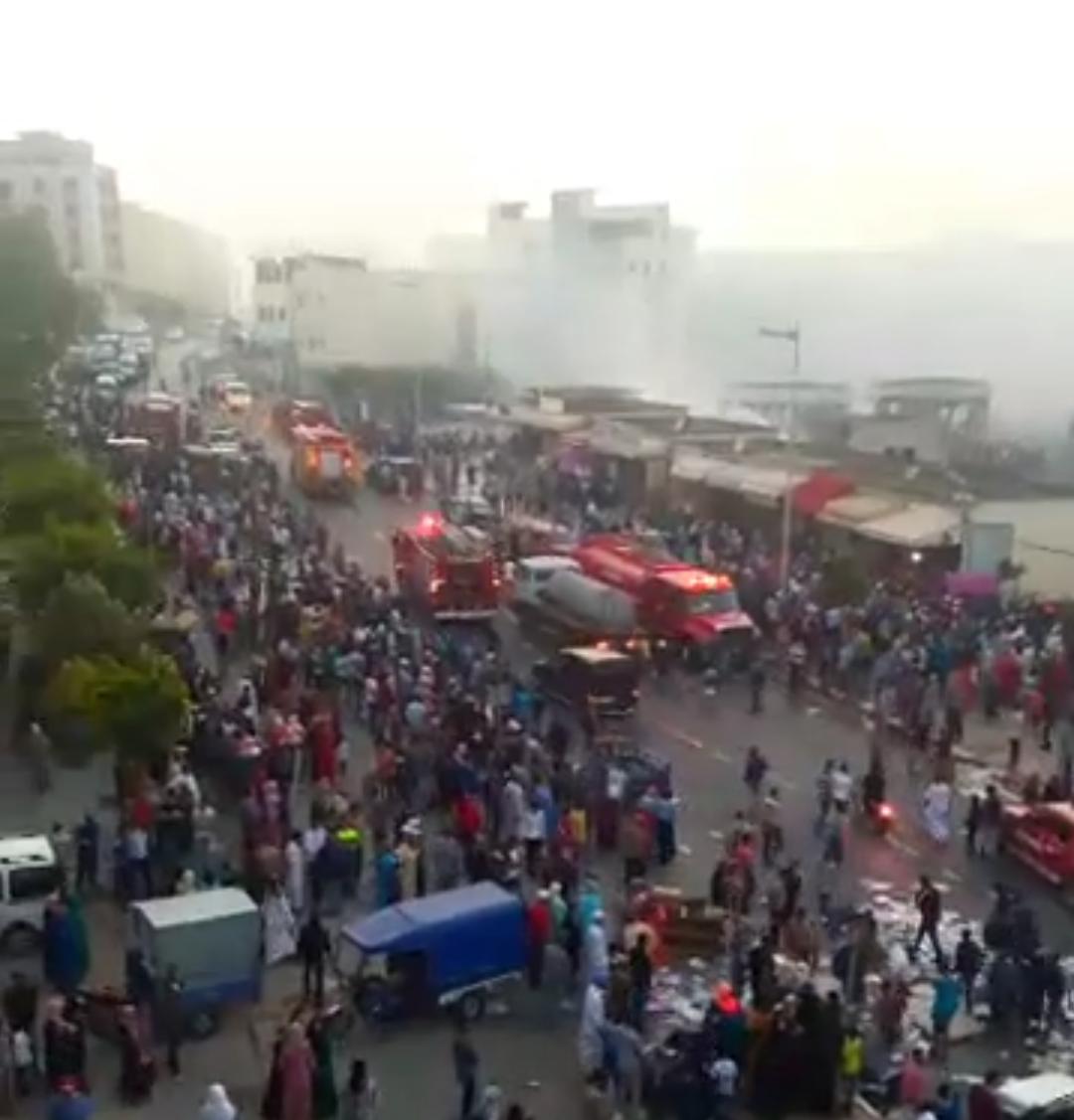 عمدة طنجة يعد بمساهمة الجماعة في تعويض المتضررين من حريق بير الشيفا