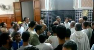 تطوان: المصلون بمسجد الأمة حُرموا من أداء صلاة التراويح في أولى ليالي رمضان
