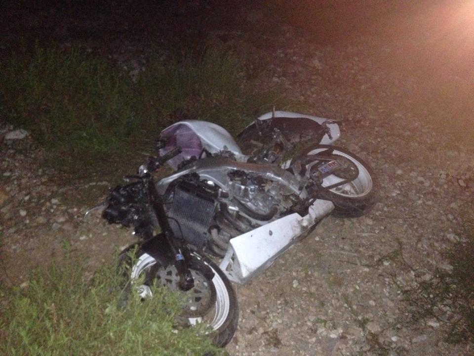 طنجة: حادث سير خطير بطريق أشقار يودي بحياة شاب ومرافقته كانا على متن دراجة نارية