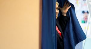 مشاركة ضعيفة في صباح يوم الانتخابات الرئاسية بفرنسا