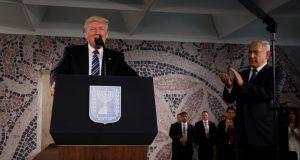 """الرئيس الأمريكي يتعهد بحماية إسرائيل من صواريخ """"حماس"""" و""""حزب الله"""""""