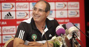 اتحاد طنجة يمنح الزاكي راتبا يجعله من بين أعلى المدربين دخلا في المغرب