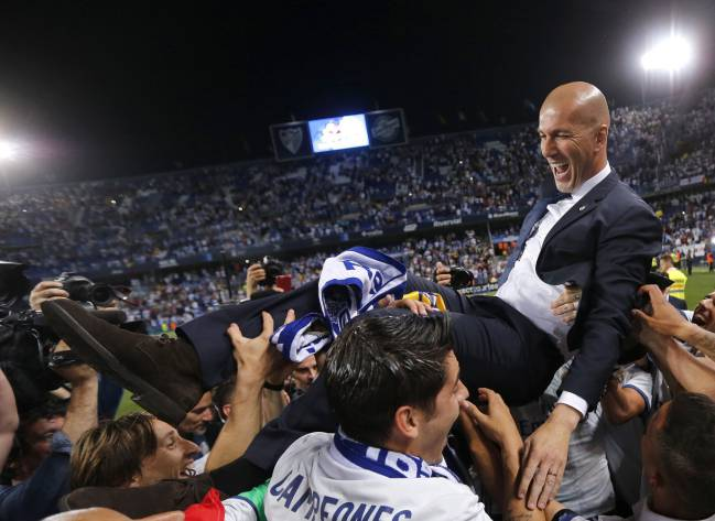 ريال مدريد يتوج بلقب الليغا وعيونه على نهائي عصبة الأبطال