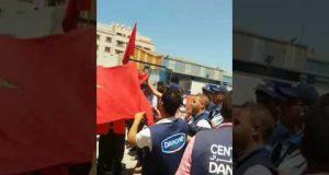 """احتجاج عمال """"حليب سنطرال"""" بطنجة"""