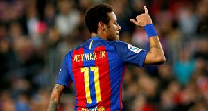 نيمار واحد من بين خمسة لاعبين بارزين يريدهم باريس سان جرمان