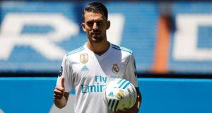 ريال مدريد يقدم سيبايوس إلى الجمهور