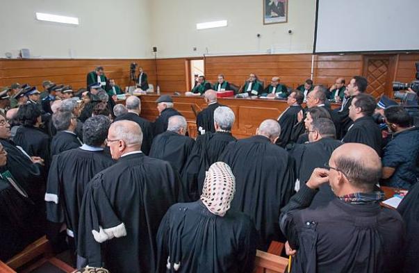 """أحكام بالمؤبد على ثمانية متهمين في قضية مخيم """"كديم إزيك"""""""