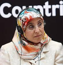"""مدير تحرير """"ميدي1 تي في"""" يتهجم على الوزيرة الحقاوي قائلاً """"كيف لوزيرة لم تتخلص من حجابها بعد أن تعطي موقفا من واقعة الاغتصاب؟"""""""