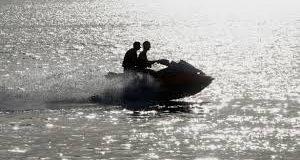 الحرس المدني الإسباني يعتقل أربع مغاربة على متن دراجتين مائيتين في عرض سواحل سبتة