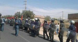 إقليم بني ملال.. هدم منزل بُني من دون رخصة يشعل مواجهات بين السكان ورجال الدرك خلّفت عشرات الجرحى من الجانبين