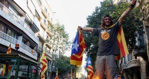 الحكومة الإسبانية: لا استفتاء في كتالونيا يوم الأحد.. والقوميون الكتلان: الاستفتاء سيتم