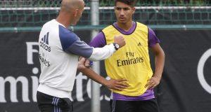 زيدان يستدعي أشرف حكيمي ضمن قائمة ريال مدريد الذي ينزل ضيفا على ريال سوسيداد مساء اليوم