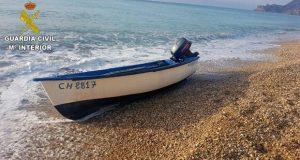 617 قارباً مهجوراً بسواحل الأندلس بسبب الهجرة السرية
