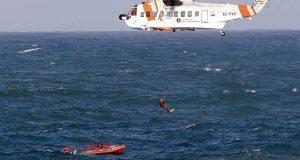 طائرات إسبانية تبحث عن 80 مهاجرا سريا تاهوا في البحر