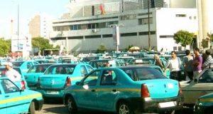 """لماذا لا ننقل إلى طنجة حملة """"دير خدمتك"""" التي تفضح بعض ممارسات سائقي سيارات الأجرة بالبيضاء؟"""