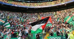 """لهذه الأسباب يتضامن جمهور """"سلتيك"""" الأسكتلندي مع القضية الفلسطينية"""