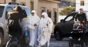 """معهد إسباني يحذِّر من تزايد أعداد """"المغاربة"""" بسبتة ومليلية"""