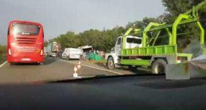انقلاب شاحنة خضر قرب طنجة